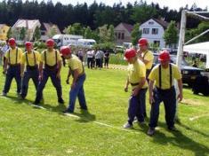 Družstvo mužů nad35 let nastartu požárního útoku